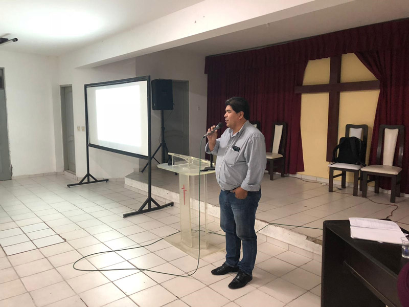 conferencia-universidad-cristiana-de-bolivia-4